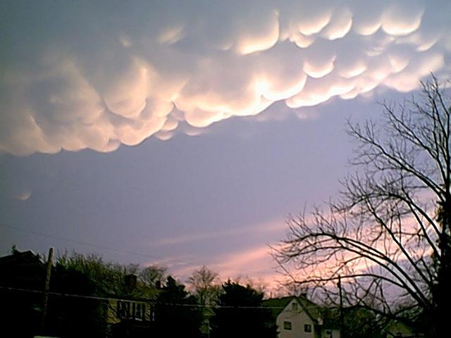 Virga Clouds SEVERE THUNDERSTORM ST...